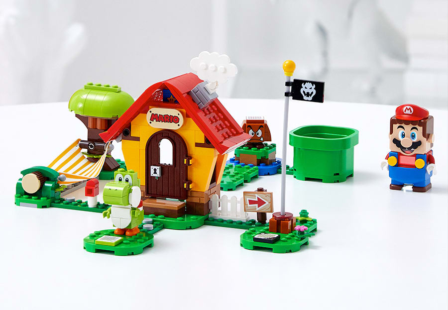 Mario's House and Yoshi Lego Set